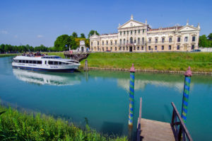 Palladian villas of the Brenta canal: river cruise with guided visits!