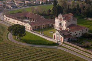 Wine tasting tour at Villa Angarano - VivoVenetia