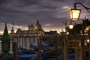 Cena in Barca a Venezia