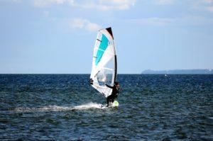 Windsurf in Jesolo : how to windsurf in few days !
