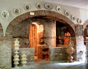 Venetian ceramics: visit an ancient factory