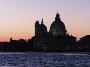 Venice at Night: book your tours