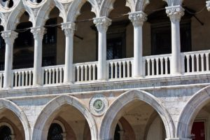 columns doge palace photo