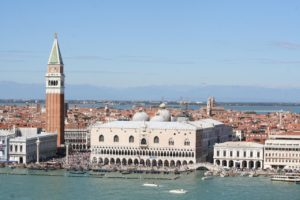 Doge palace venice photo