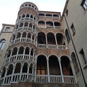 scala-contarini-bovolo-marvel-venice-visit