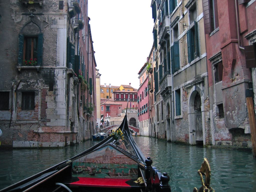 best.gondola.ride.venice.jpg